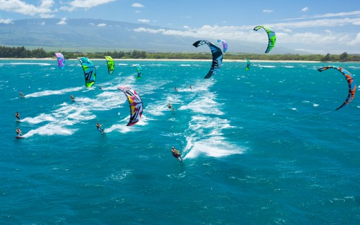 extreme-sports-for-men-kitesurfing-extreme sports for men
